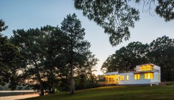 Upgraded 1950s Ranch Takes in Sweeping Creek Vistas